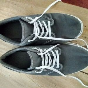 Women's sz 11 gray canvas sneakers